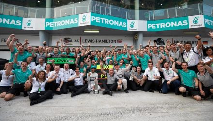 Mercedes_GP-Team-Malaysian_GP-2014.jpg