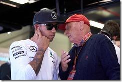 Niki_Lauda-with-Lewis_Hamilton-Australian_GP-2014