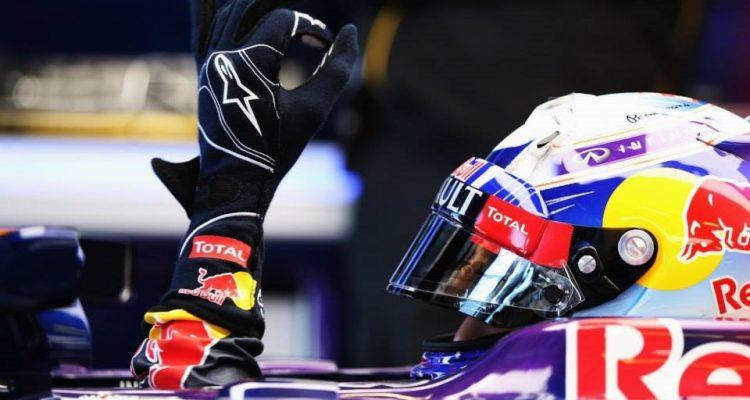 Sebastian_Vettel-Australian_GP-2014-Qualifying.jpg
