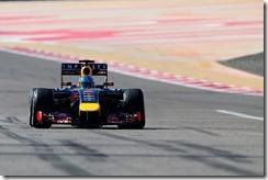 Sebastian_Vettel-RB10-Bahrain