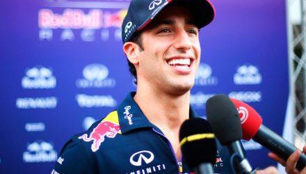 Daniel_Ricciardo-Malaysian_GP-2014-S02.jpg