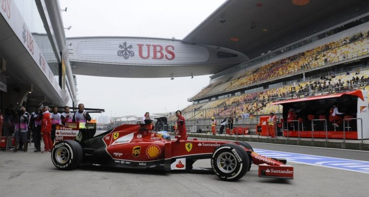 Fernando_Alonso-Chinese_GP-2014-F03.jpg