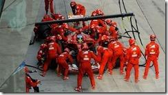 Fernando_Alonso-Malaysian_GP-2014-PitStop