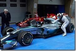 Lewis_Hamilton-Chinese_GP-2014-R04