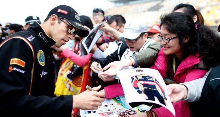 Pastor_Maldonado-Chinese_GP-2014-T01.jpg