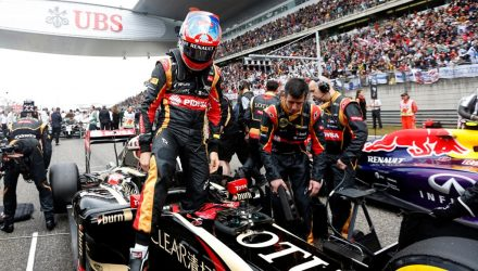 Romain_Grosjean-Chinese_GP-2014-R03.jpg