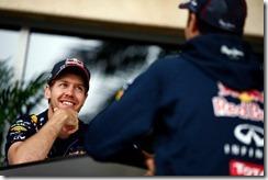 Sebastian_Vettel-Bahrain-2014-T02