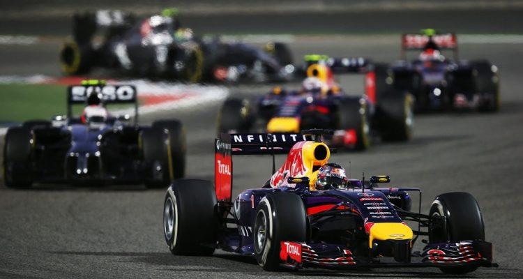 Sebastian_Vettel-Bahrain_GP-2014-R03.jpg