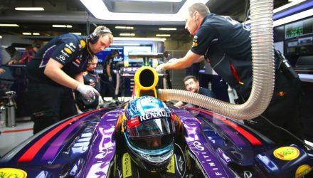 Sebastian_Vettel-Chinese_GP-2014-S01.jpg