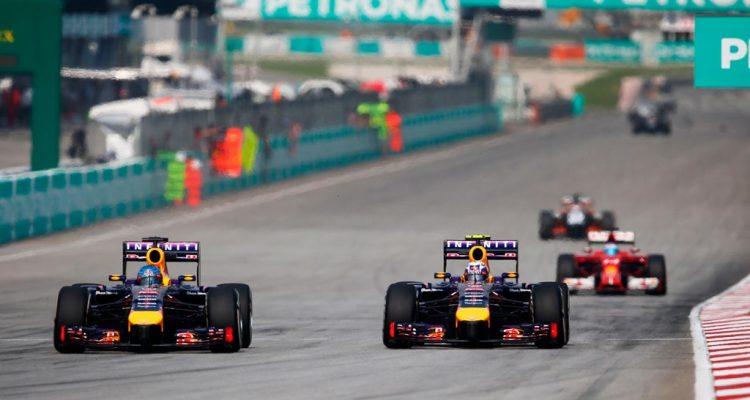Sebastian_Vettel-and-Daniel_Ricciardo-Red_Bull_Racing.jpg