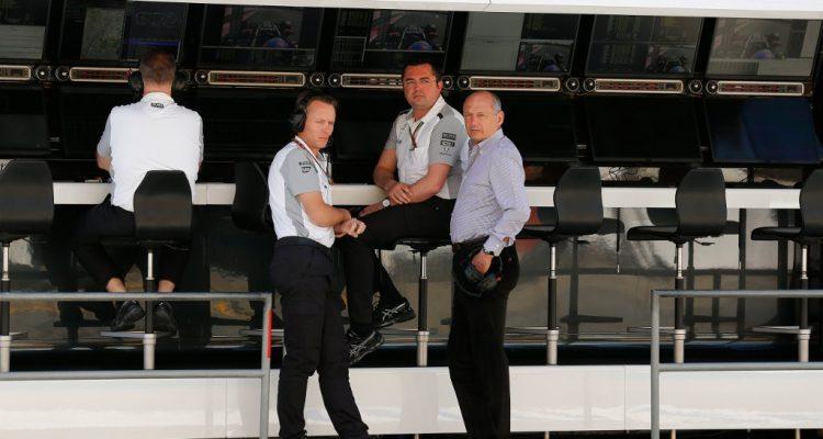 McLaren-Pitwall-Spanish_GP.jpg