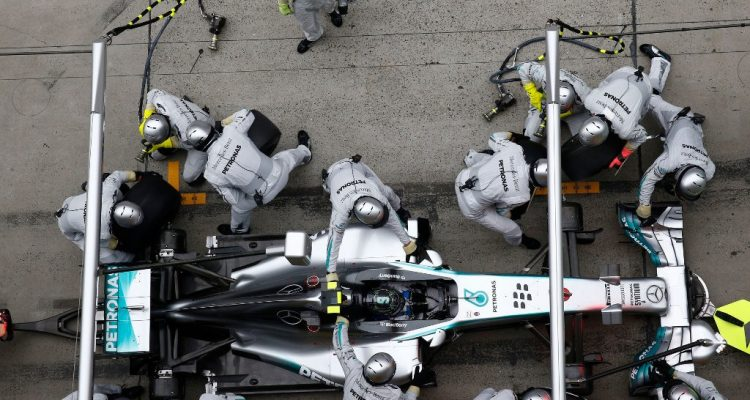 Nico_Rosberg-Chinese_GP-2014-PitStop.jpg