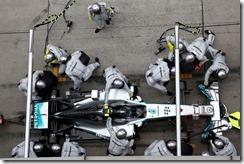 Nico_Rosberg-Chinese_GP-2014-PitStop