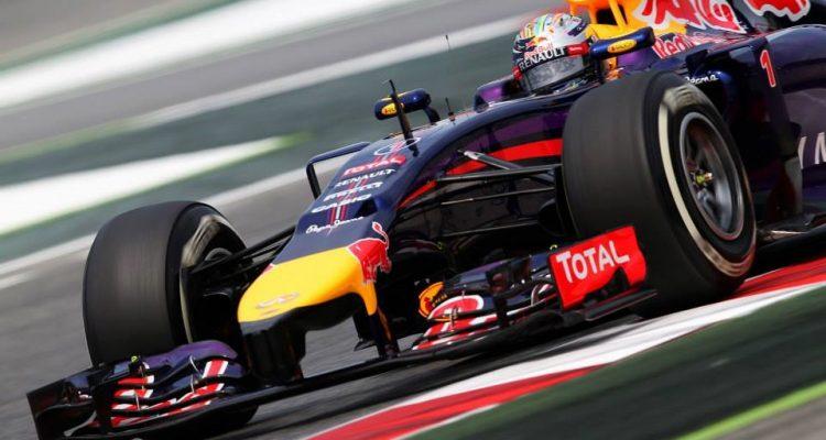 Sebastian_Vettel-Spanish_GP-2014-R04.jpg