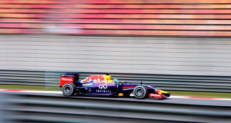 Sebastian_Vettele-Chinese_GP-2014-R03.jpg