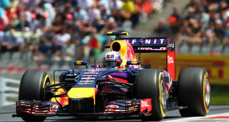 Daniel_Ricciardo-Austrian_GP-2014-S02.jpg