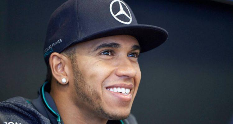 Lewis_Hamilton-Austrian_GP-2014-T01.jpg