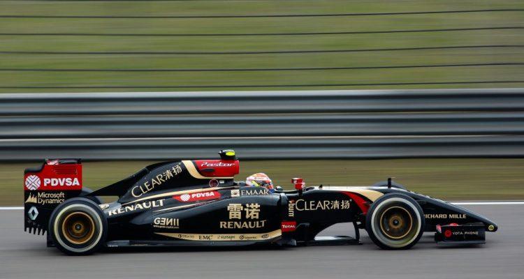 Pastor_Maldonado-Lotus-Renault.jpg