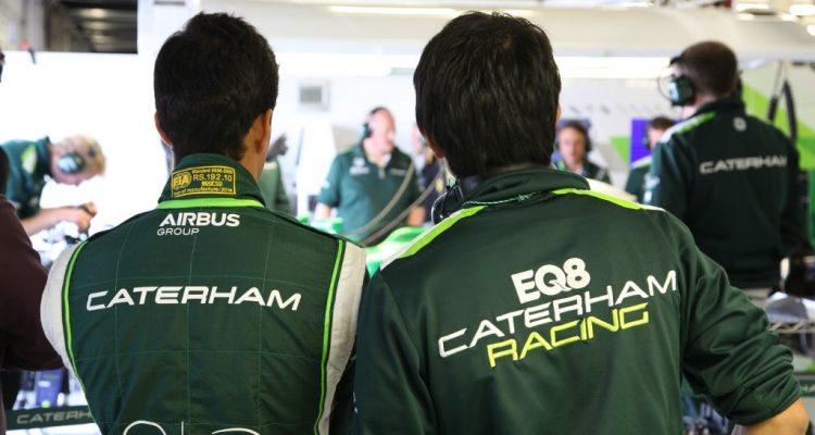 Caterham_F1_Garage-Silverstone-Tests.jpg