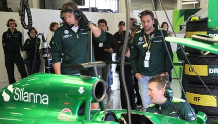 Caterham_F1_Team-Garage.jpg