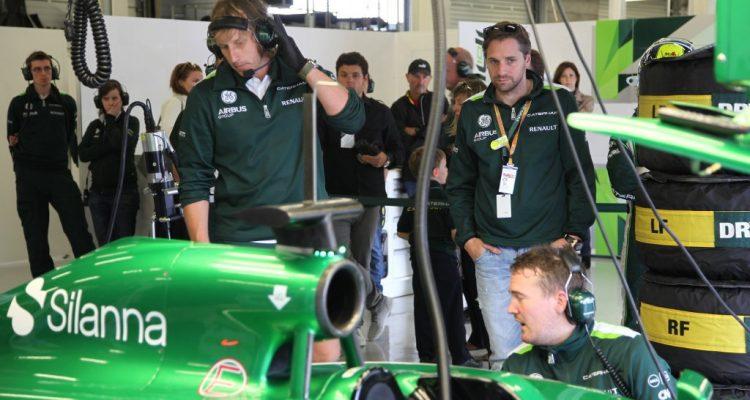 Caterham_F1_Team-Garage.jpg