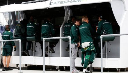 Caterham_F1_Team-Pitwall.jpg
