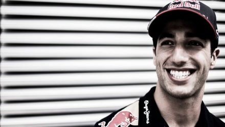 Daniel_Ricciardo-Hungarian_GP-2014-S02