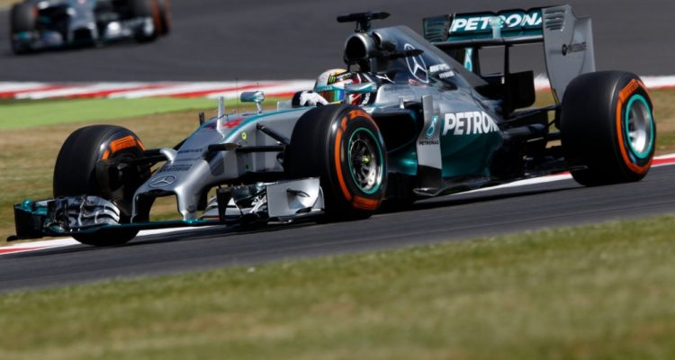 Lewis_Hamilton-British_GP-2014-S02.jpg