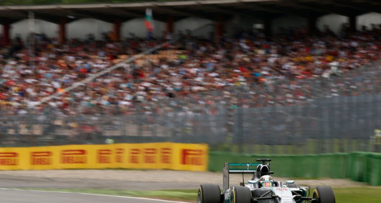 Lewis_Hamilton-German_GP-2014-R01