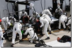 McLaren-PitStop-British_GP-2014