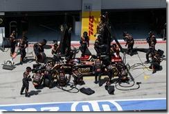Romain_Gorsjean-Lotus-PitStop-Austrian_GP-2014