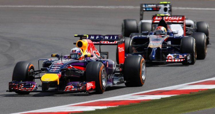 Sebastian_Vettel-British_GP-2014-R01.jpg