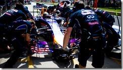 Sebastian_Vettel-Silverstone-Tests-2014