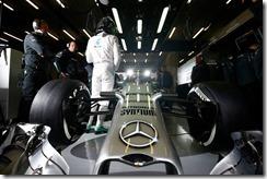Mercedes_GP-AMG-Garage-Spa-2014