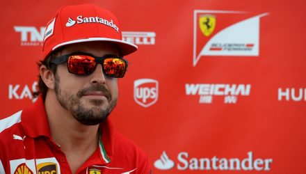 Fernando_Alonso-Ferrari-Singapore-2014.jpg
