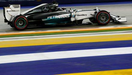 Lewis_Hamilton-Singapore-2014-Qualifying.jpg