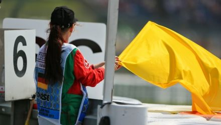 F1-Yellow-Flags.jpg