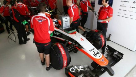 Marussia_F1_Team-Garage-Russian_GP-2014.jpg