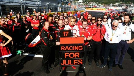 Marussia_F1_Team-Photo.jpg