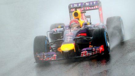 Sebastian_Vettel-Japanese_GP-2014-R01.jpg