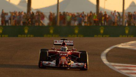 Fernando_Alonso-Abu_Dhabi_GP-2014-R01.jpg