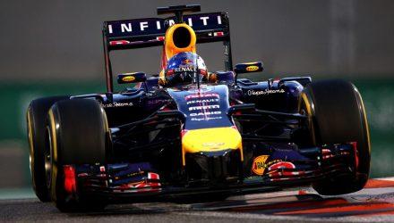 Sebastian_Vettel-Abu_Dhabi-2014-R01.jpg